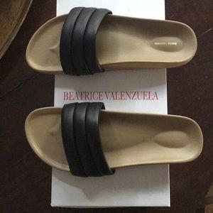 Beatrice Valenzuela Black Classic Sandalia Size 8